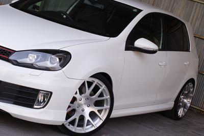 VW GOLF6 GTI ボディKIT装着 エアロ フロントリップ サイドステップ