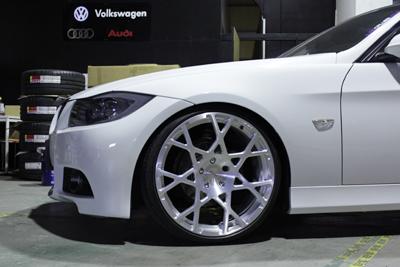 BMW E90 absolute FSK mono ホイール 岡山 宮崎 ドレスアップ