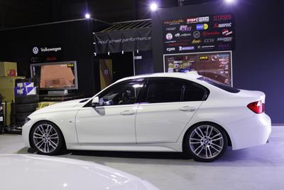 BMW F30 KW V3車高調ローダウン