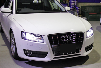 AUDI A5 S5グリル取り付け0