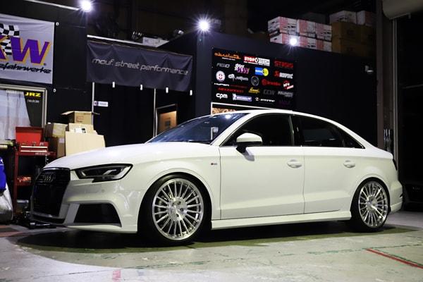AUDI A3sedan neutrale FS20mono MINI R56 OZ wheels AUDI R8オイル交換