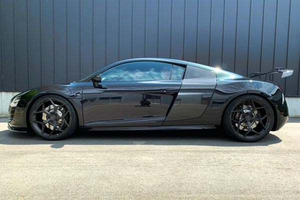 AUDI R8 42  V10 bcforged wheels balance it リアウイング