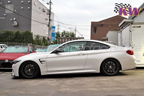 BMW M4LCI KW V3車高調 AUDI TTS neutrale MS10 3pc AUDI A4avant VOSSEN wheels MINIクラブマン ヘッドライトフィルム