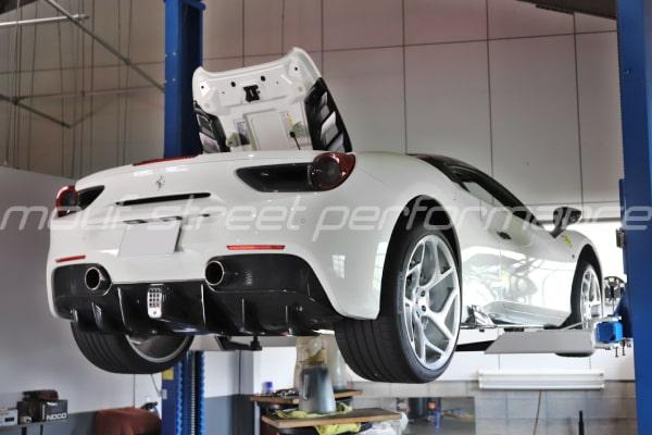 ルバードオイルを使用して各種、各車油脂交換、BMW G30コーディング AUDI A3ストンピンアーク